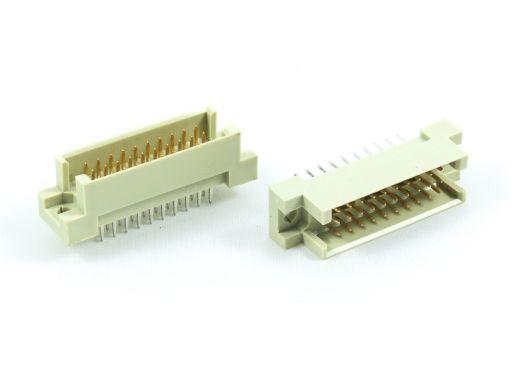 9001-17   DIN 41612 1/3R Type Male