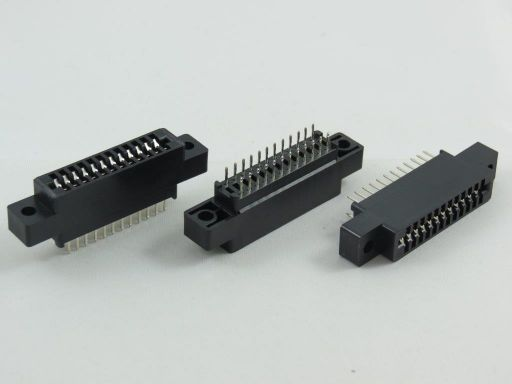 8006 | 2.54mm Edge Connector Straight Type with Mouting Ear