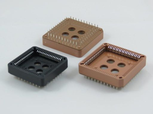 5203 | P.L.C.C Socket